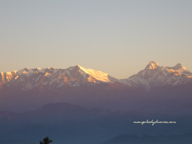 Sunrise hues on the Himalayan ranges