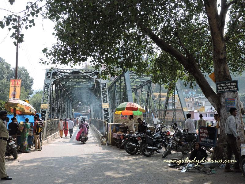 Gomti Bridge