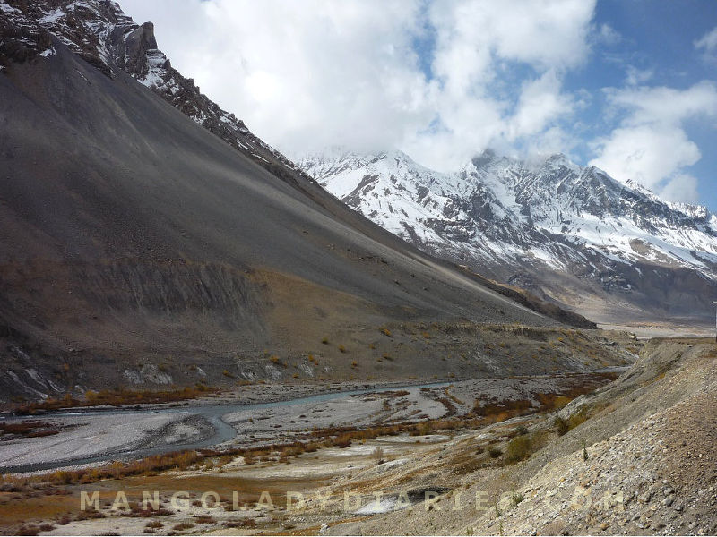 Towards Kunzum Pass