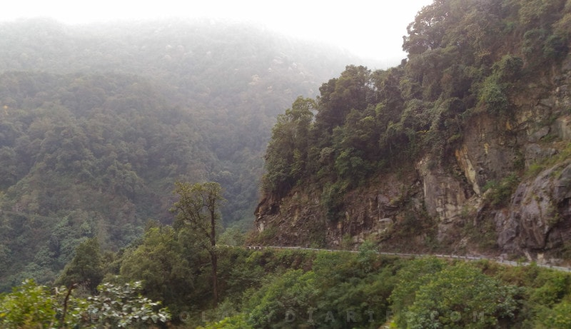 beauty of the roads towards Thimphu