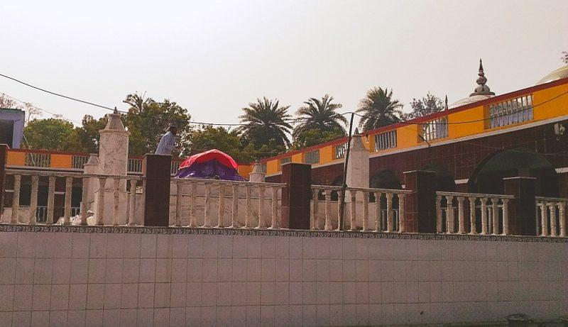 Masnad-e-Aala shrine
